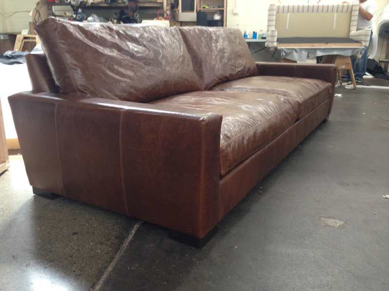 9ft Braxton Twin Cushion Leather Sofa In Brompton Classic